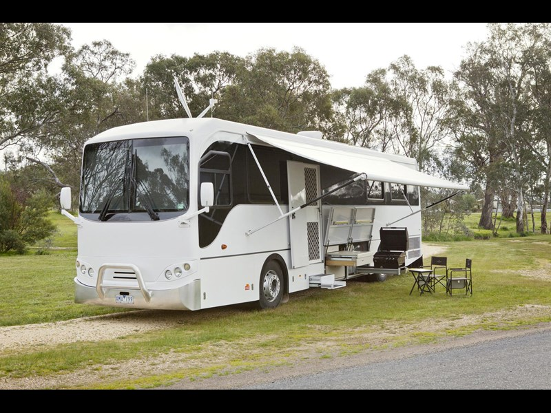 man majestic motorhomes 'ultimate' 339370 004