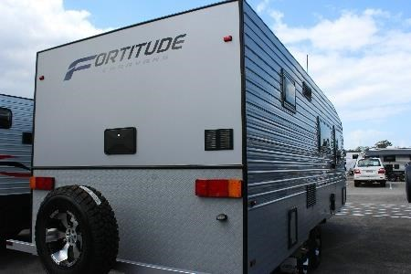 fortitude caravans everready 428070 005
