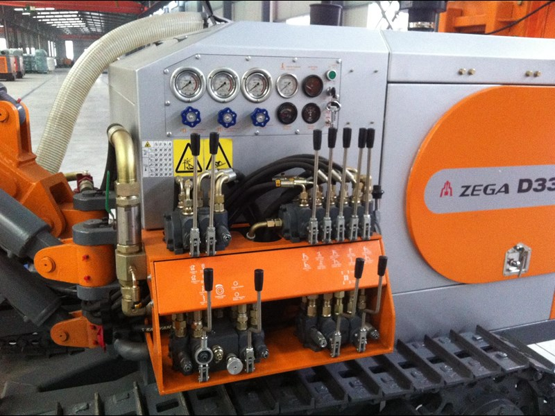 zega model d335 dth rig with matching spd425s air compressor 428257 017