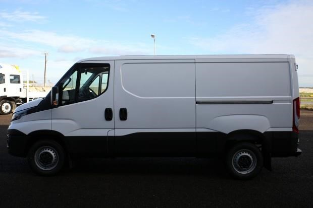 iveco daily 35s13 428660 013
