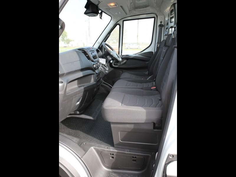 iveco daily 45c17 413450 027