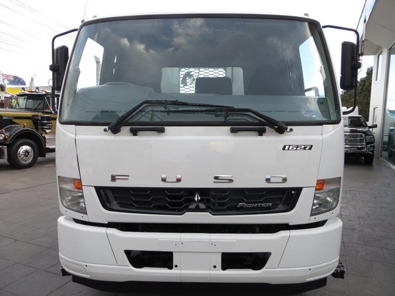 fuso fighter 427125 045