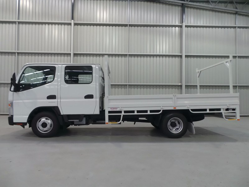 fuso canter 515 city cab 379311 049