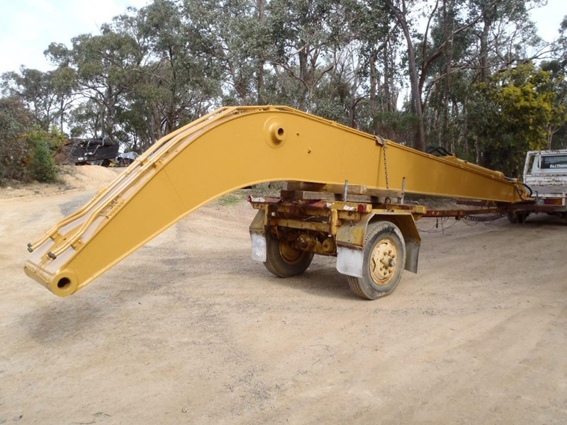caterpillar long reach boom suit 30 tonner 429135 001