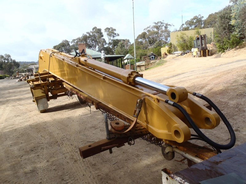 caterpillar long reach boom suit 30 tonner 429135 009