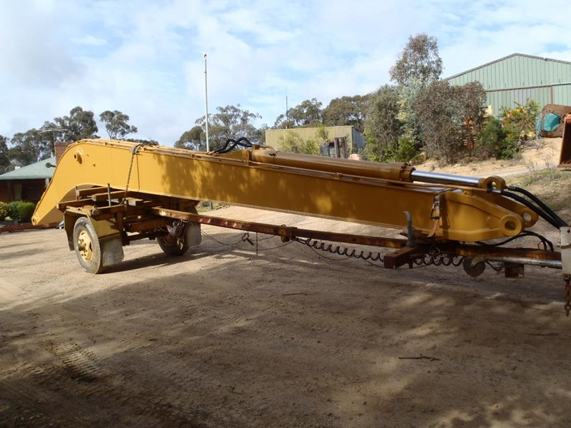 caterpillar long reach boom suit 30 tonner 429135 013