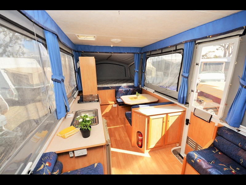 goldstream rv goldwing 380119 015