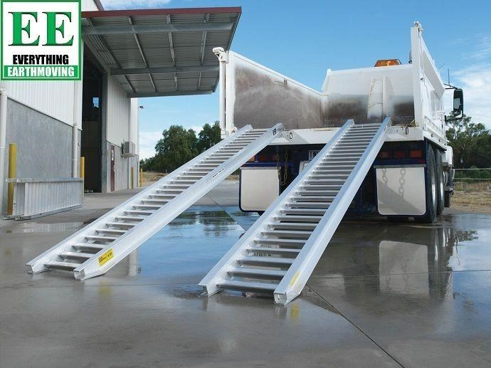 sureweld aluminium loading ramps call everything earthmoving 1300 43 44 33 429553 013