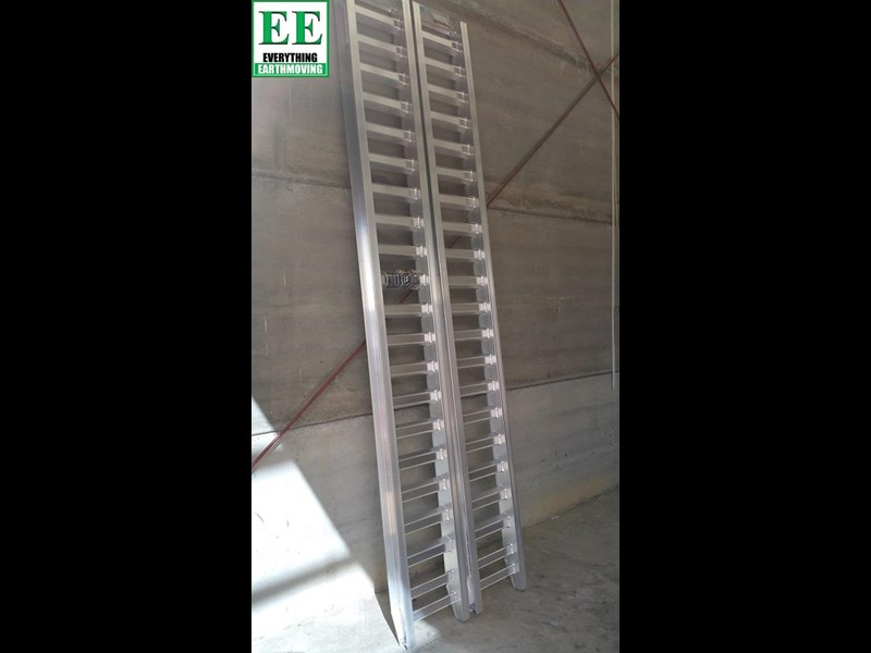 sureweld aluminium loading ramps call everything earthmoving 1300 43 44 33 429553 019