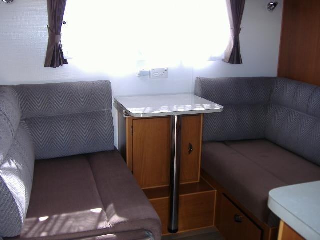 colorado caravans summit full ensuite, single beds 429575 017