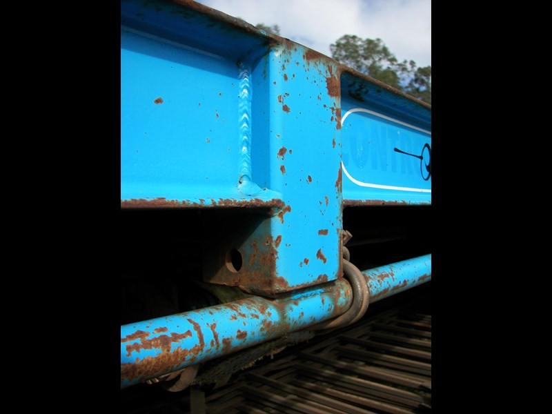 southern cross standard triaxle 430463 017