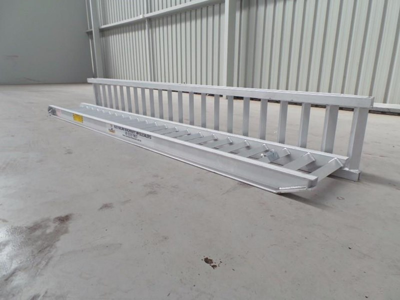 workmate 4 ton alloy loading ramps 10079 007
