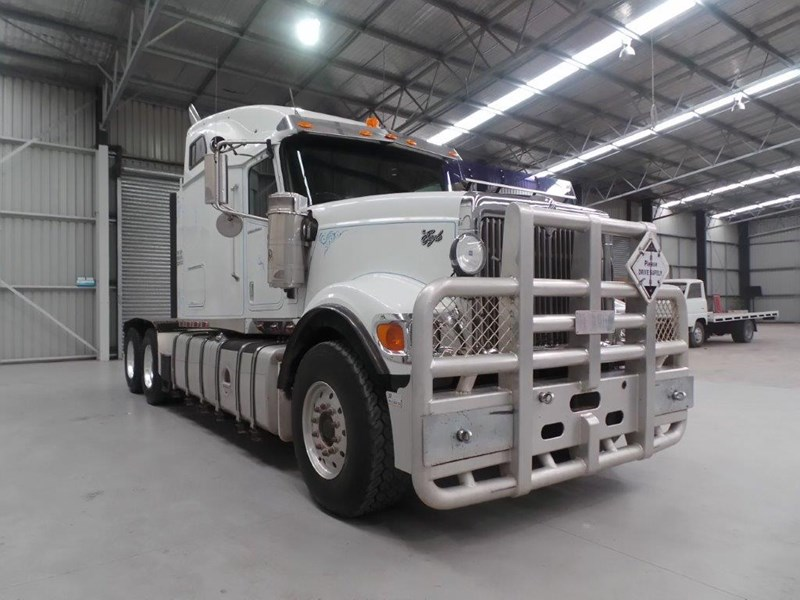 international 9900 eagle 425806 007