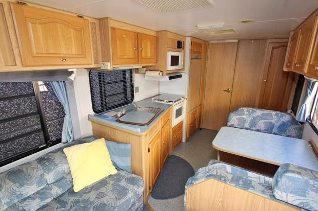 winnebago (avida) alpine 431004 017