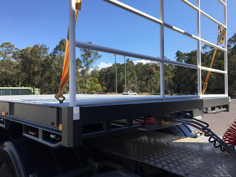 bullet machinery drop deck with ramps 292104 049