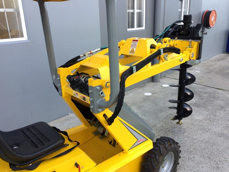 ozziquip puma mini loader fencer package 431121 023