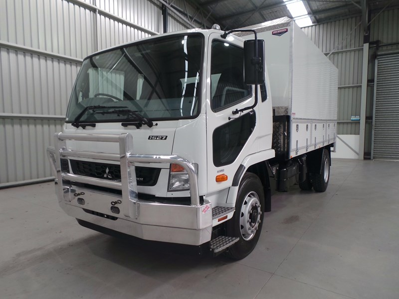 fuso fighter 1627 430853 001