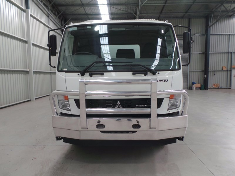 fuso fighter 1627 430853 007