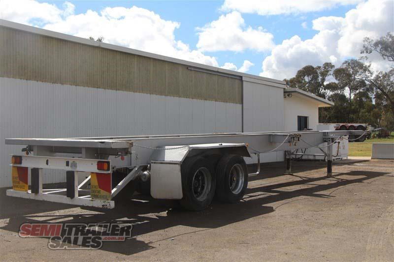 freighter 45/48ft skel semi trailer with 2 way pins 431660 003