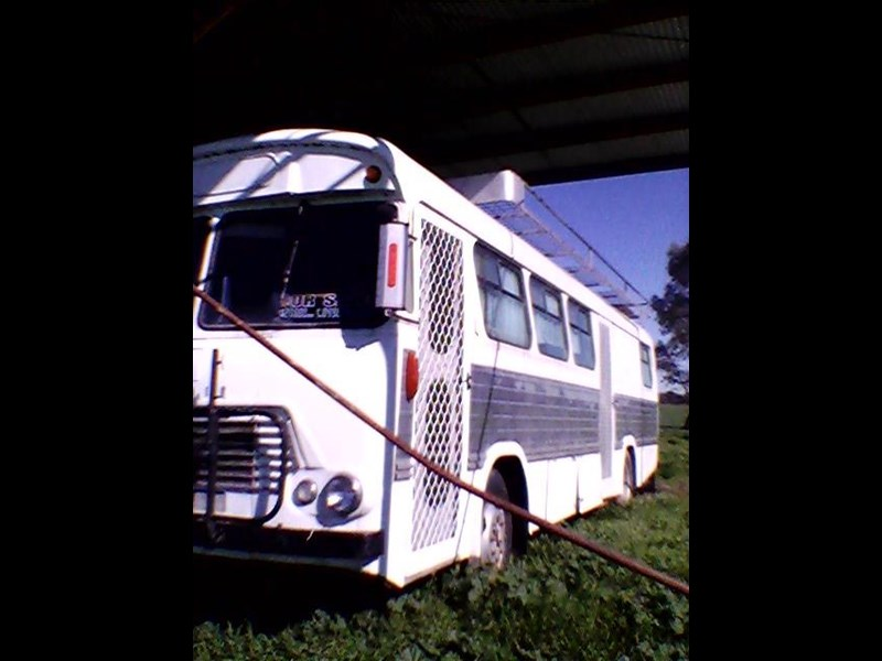 bedford campervan 432051 003
