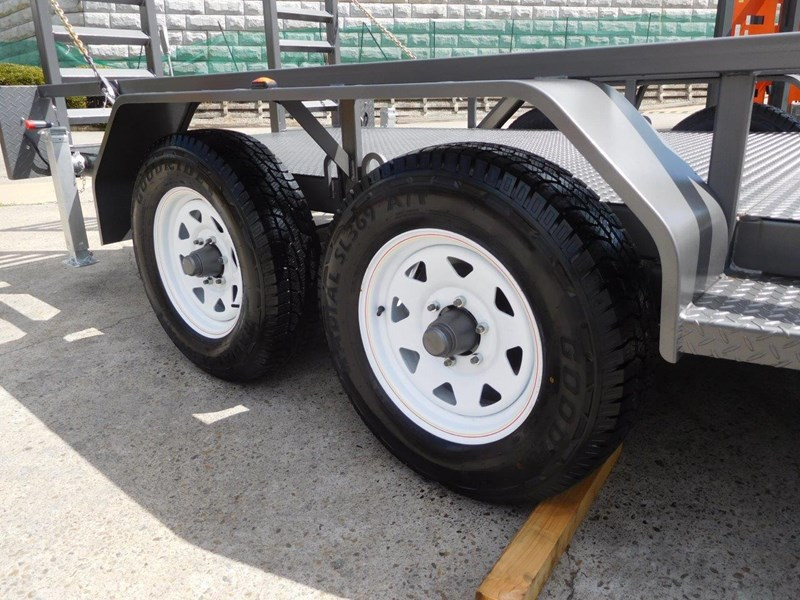 interstate trailers 4.5 ton plant trailer + caterpillar 216b.3 cat 216.b3 skid steer loader  [mcombo] [attrail] 234616 015
