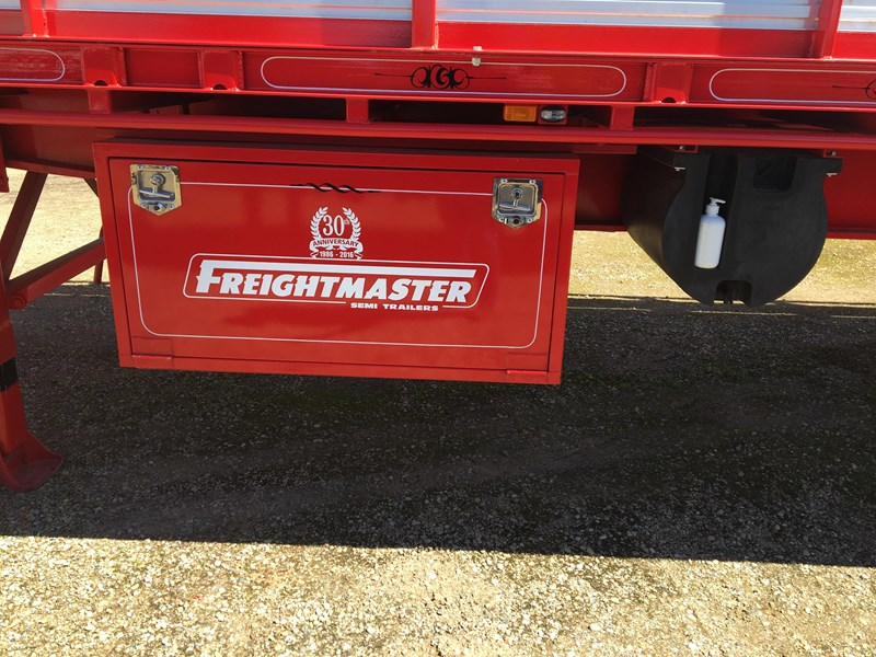 freightmaster st3 45' flat top semi trailer with removable stock crate 432939 009
