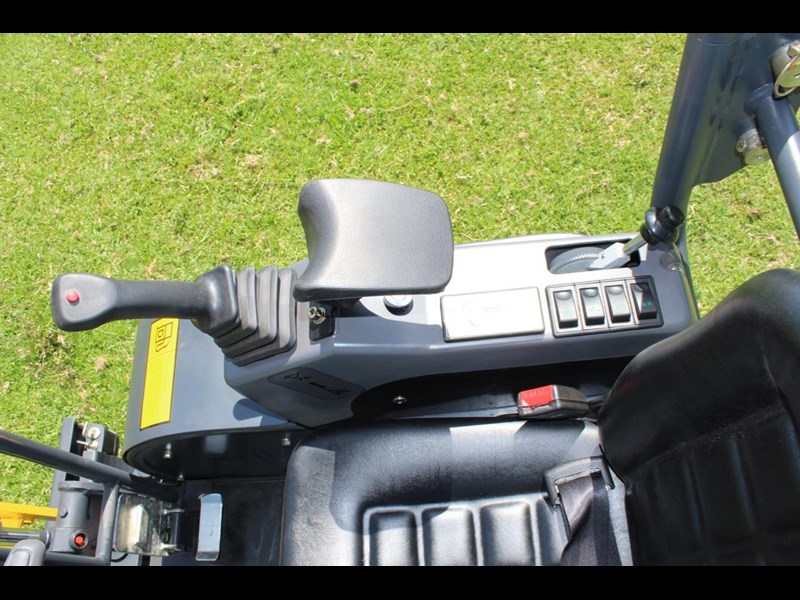 carter ct16 mini excavator with trailer 433547 081