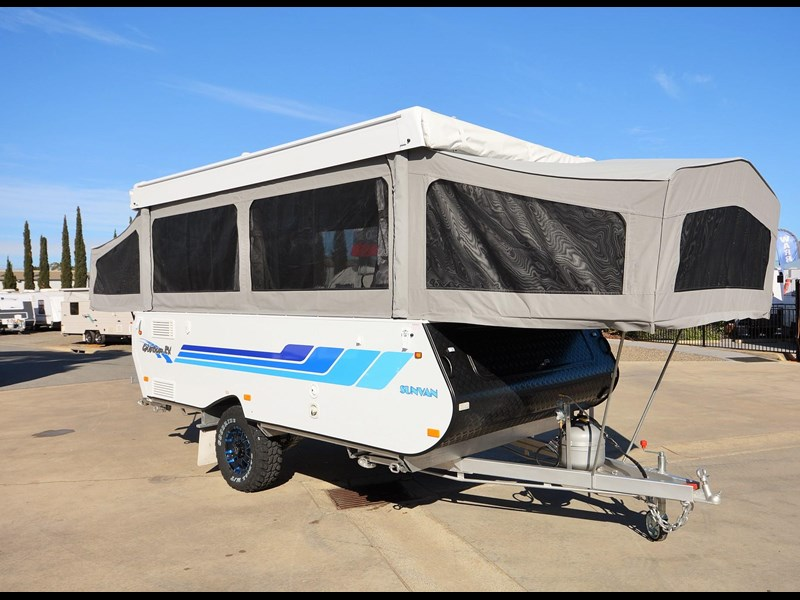 goldstream rv sandvan / sundowner 412004 005
