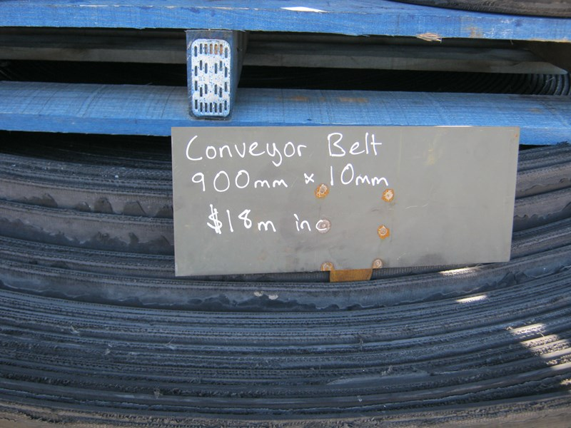 conveyor belting ideal for floats, matting, etc 433989 011