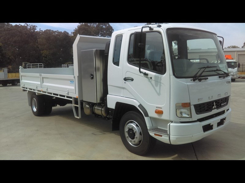 fuso fighter 1224 434305 005