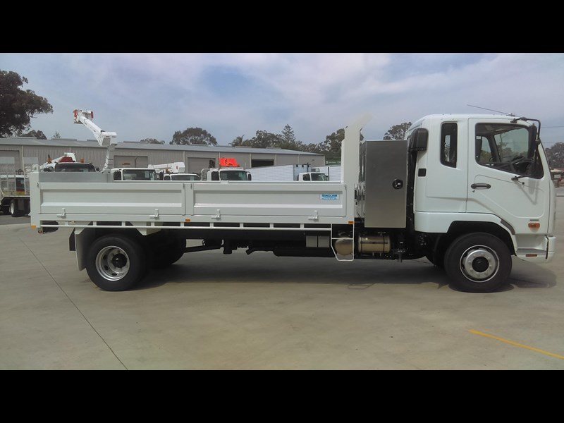 fuso fighter 1224 434305 007