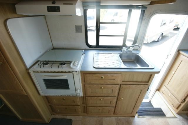 winnebago (avida) leisure seeker 422486 029