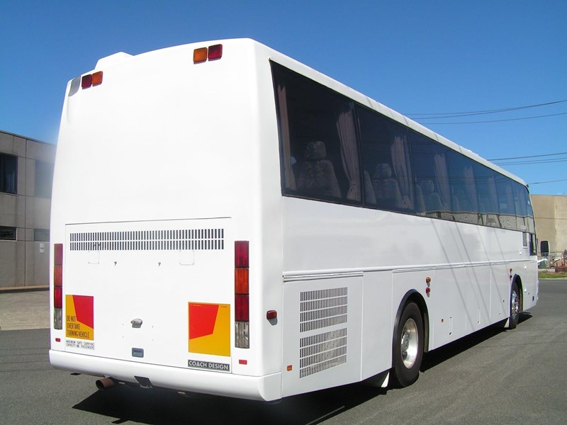 man coach design 16 290 hp 435407 001