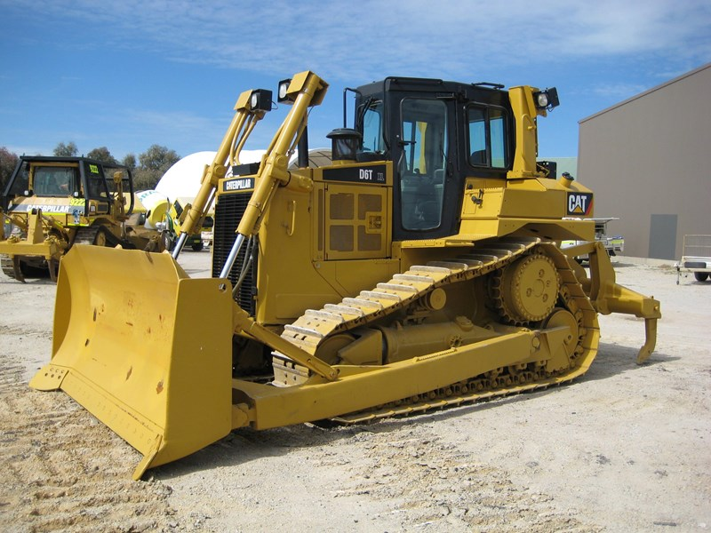 caterpillar d6t xl 435670 001