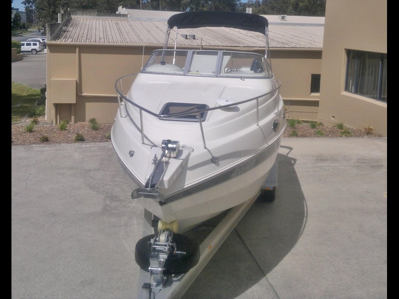 stingray 240cs cabin cruiser 435578 011