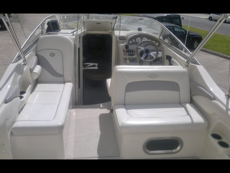 stingray 240cs cabin cruiser 435578 015