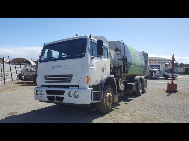 iveco acco 2350g 435683 001