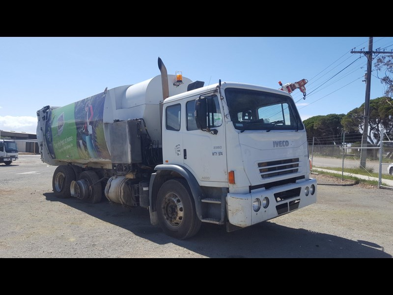 iveco acco 2350g 435683 003