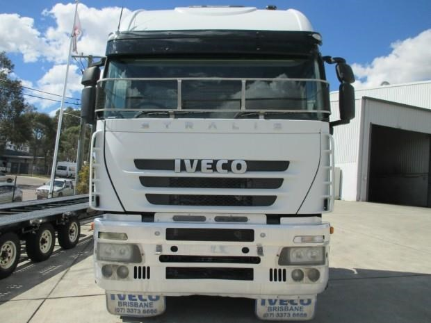 iveco stralis as-l 425700 001