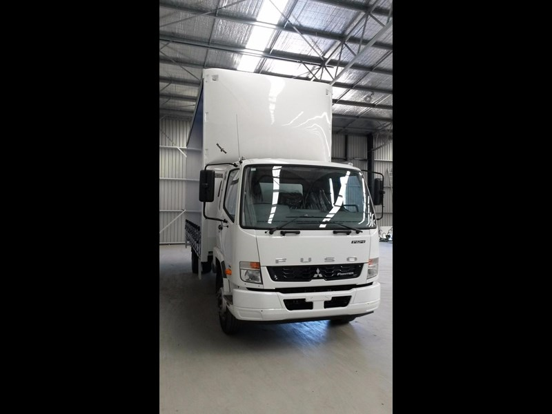 fuso fighter 1424 381468 023