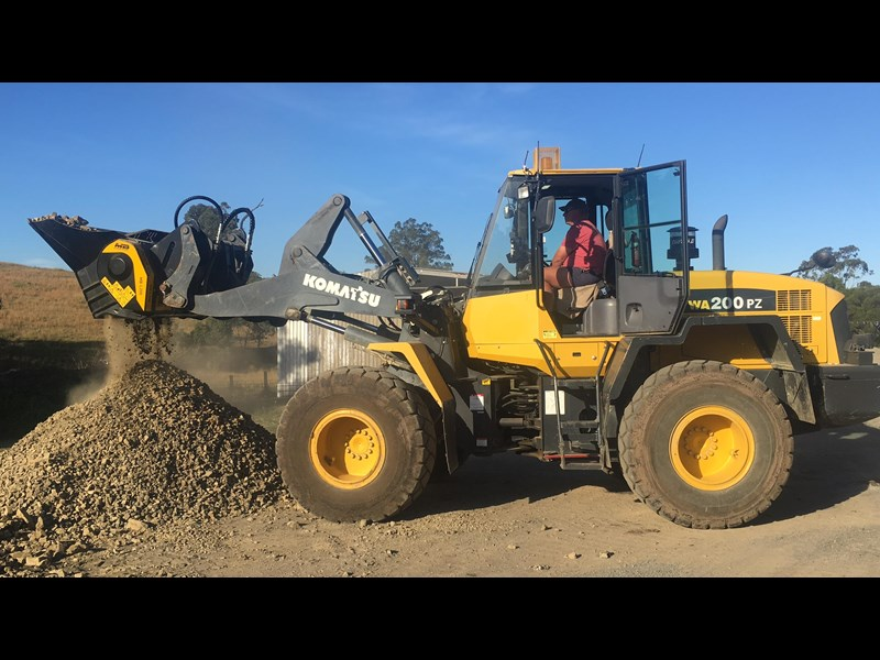 mb l-140 skid/loader crusher bucket by boss attachments 347350 007