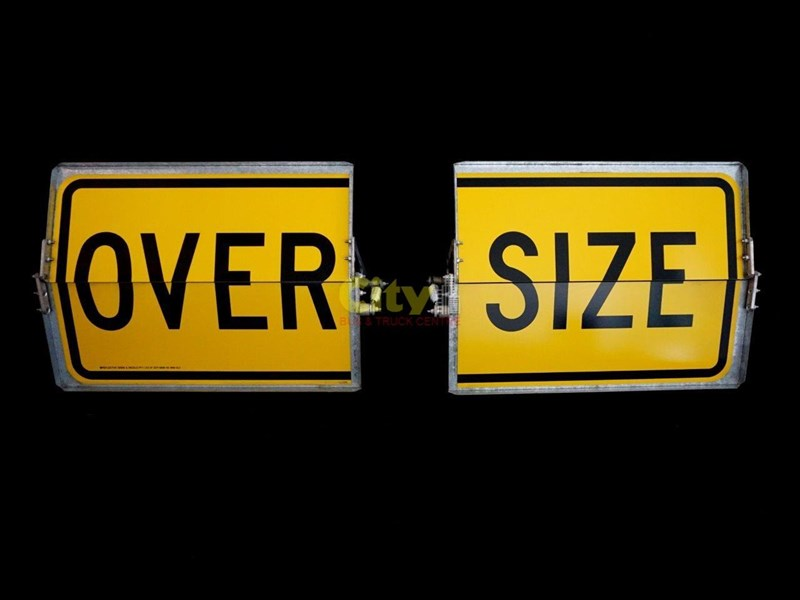 """over size"" signs folding type 436816 001"