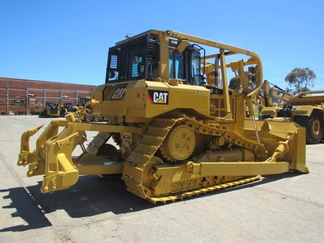 caterpillar d6t xl 21954 004