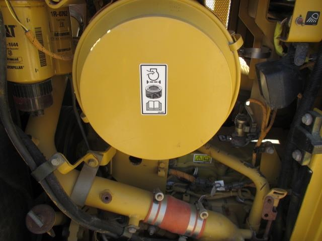 caterpillar d6t xl 21954 011
