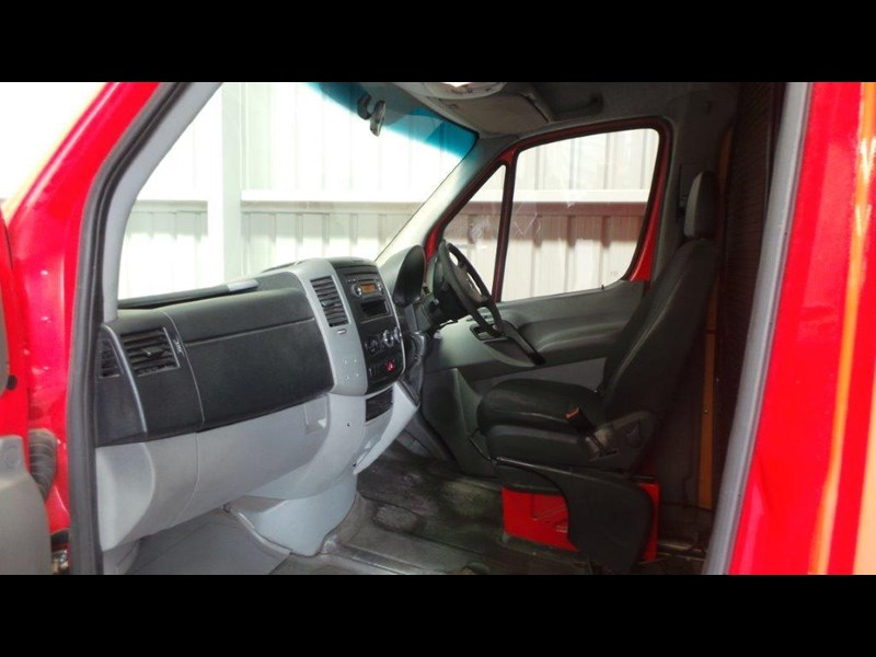 mercedes-benz sprinter 311 cdi 431638 023