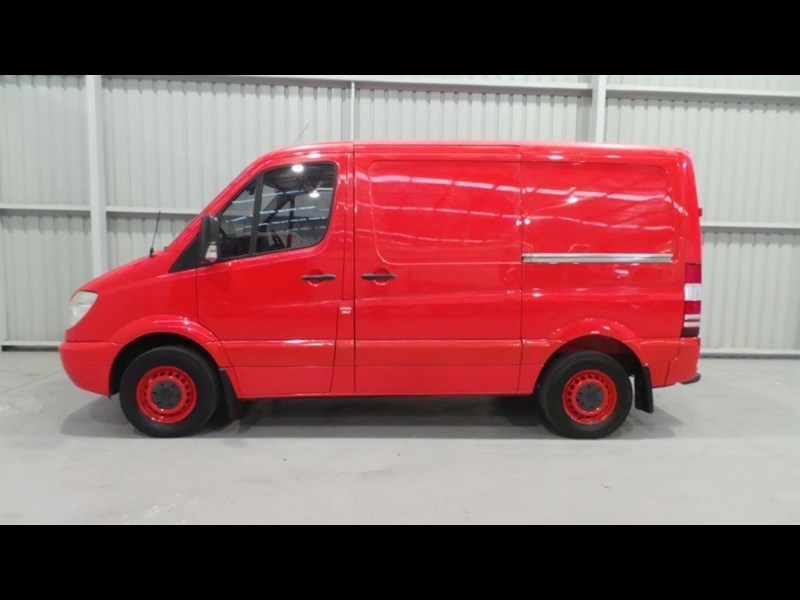 mercedes-benz sprinter 311 cdi 434750 002