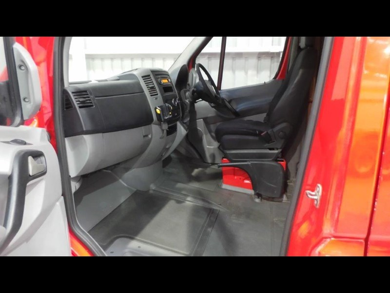 mercedes-benz sprinter 311 cdi 434750 011