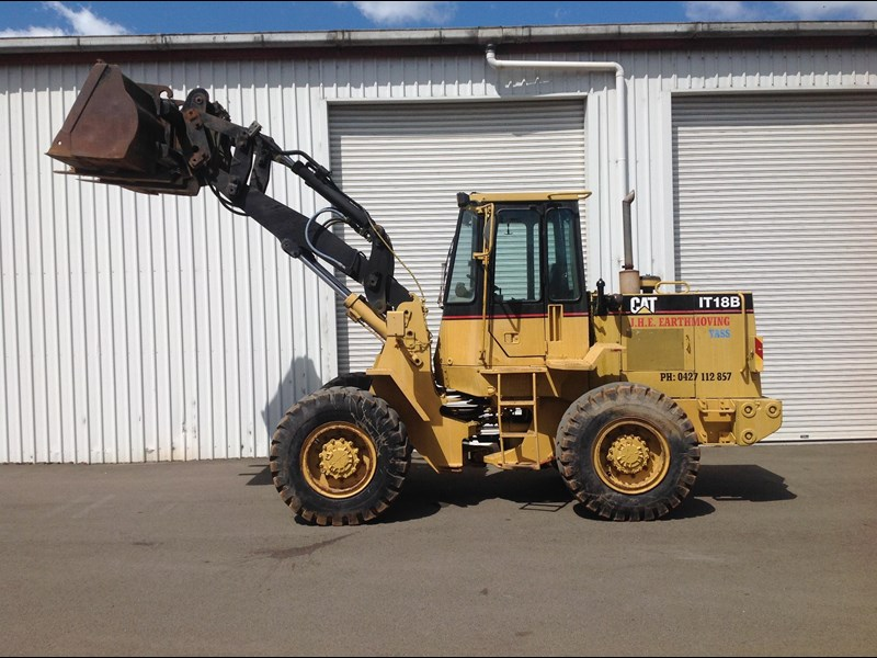 caterpillar it18b 436469 003