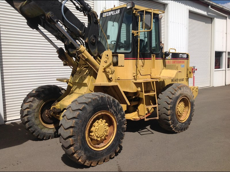caterpillar it18b 436469 004