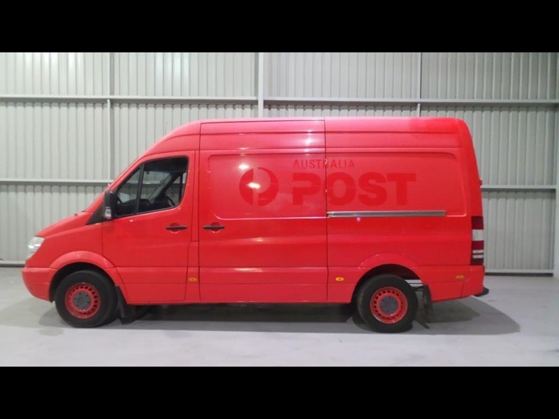 mercedes-benz sprinter 311 cdi 431957 002